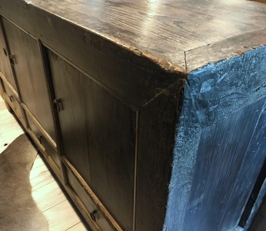 antike kommode mit t ren und schubladen antike kommode. Black Bedroom Furniture Sets. Home Design Ideas