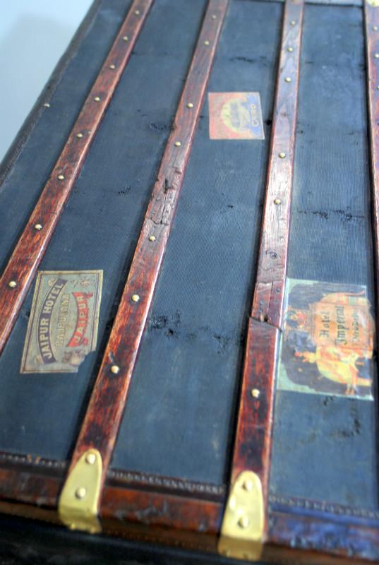 Antieke hutkoffer groot koffers antieke koffers en for De jong interieur