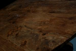 Grote ronde teakhouten tafel. eetkamertafel antieke tafels